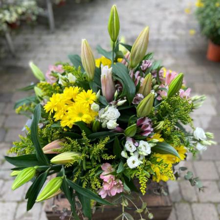 Centro de flor grande variada